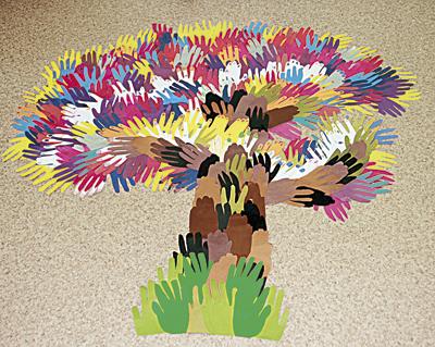 Дерево из ладошек своими руками 88